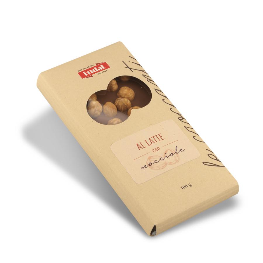 tavoletta cioccolato al latte con nocciole